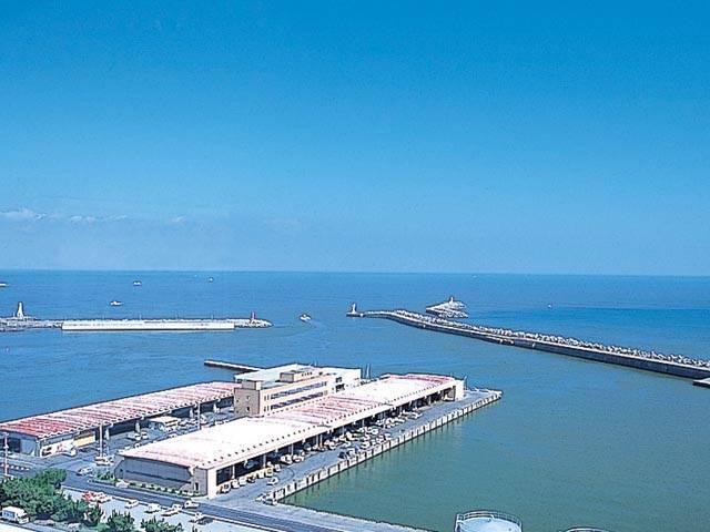 銚子漁港(第三卸売場)
