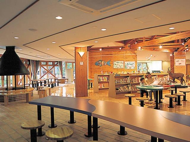 森の学習館