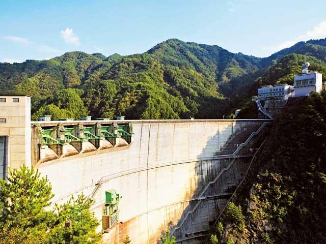 小渋湖(小渋ダム)