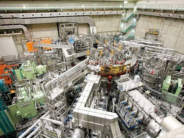 核融合科学研究所(見学)