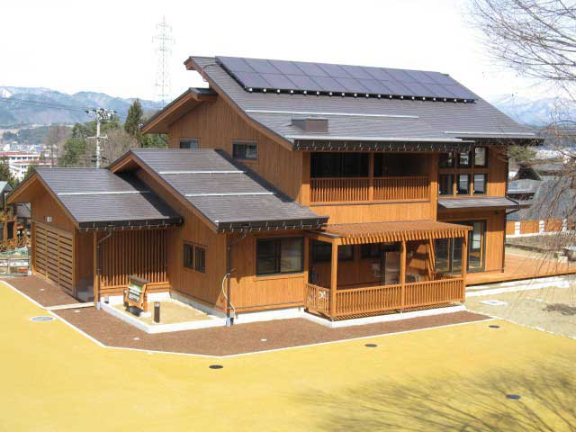 飛騨高山・森のエコハウス