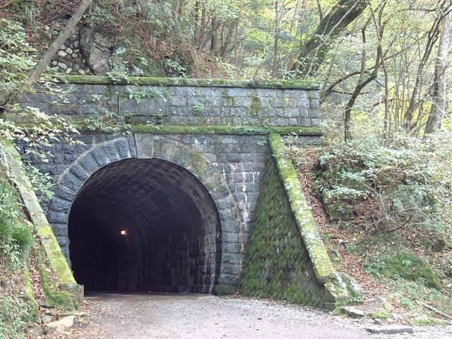 天城山隧道(旧天城トンネル)