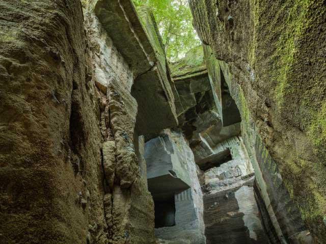 石切り場とパワースポットツアー