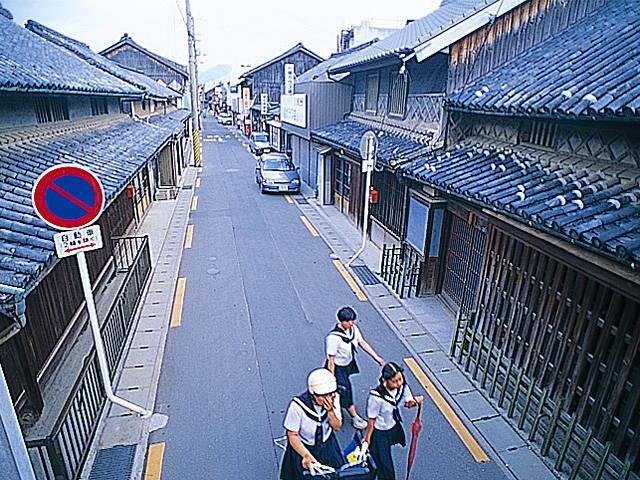 金毘羅街道の町並み