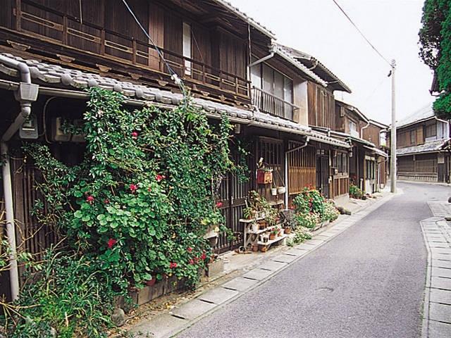 牛窓の街並み(しおまち唐琴通り)