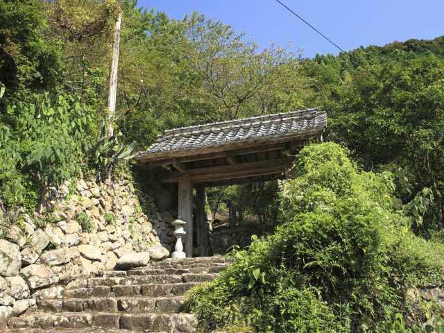 松林寺跡・中岡慎太郎遺髪墓地